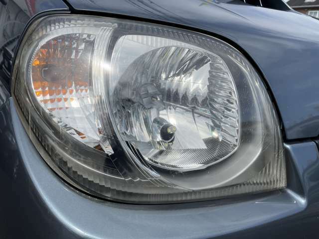 LEDヘッドライト装備!!夜道の運転も楽しくなりますよ!