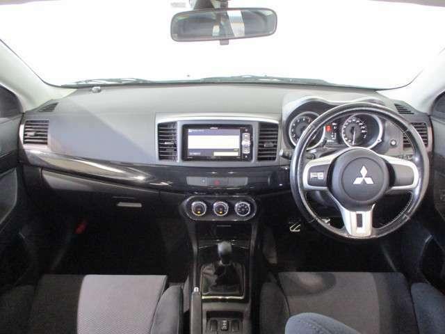 本革ステアリング S-AWC ターボクーラー アルミペダル メモリーナビ バックカメラ オートエアコン 運転席/助手席エアバッグ ETC