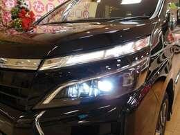 「LED」ヘッドライトが明るいので、視界もよく、見た目もかっこいいです♪