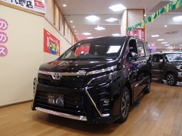 トヨタ ヴォクシー 2.0 ZS 煌III 4WD 届出済未使用車 特別仕様車 屋内展示