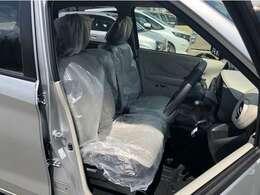 民間車検工場も店舗内にございます。オプション部品の取り付けもすべて自社で行っております。