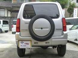 いざというときの背面タイヤ!見た目もよくSUVの魅力の一つですね!