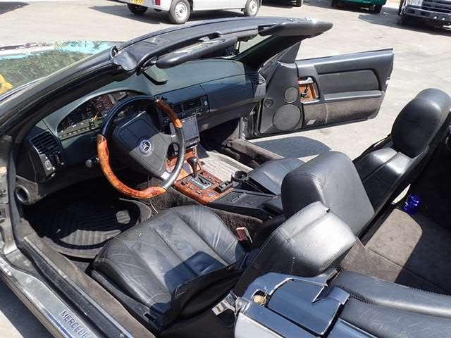 乗員:2人 車寸法:L447 W181 H129 走行:112,429km AC PS PW AB 4速オートマ(AT車) 左ハンドル パワーシート シートヒーター 革シート オートクルーズ アルミホイール