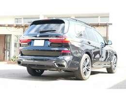 BMWレーザ-ライト、ヘッドアップディスプレイ。