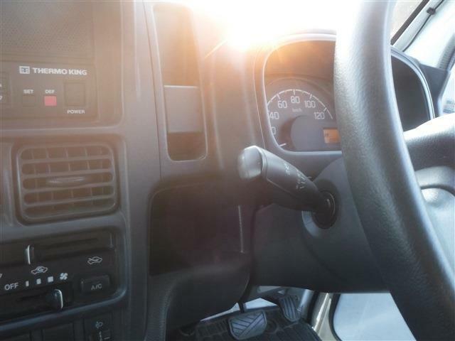 当社HPも是非ご覧下さい!【http://www.jobcars.jp/】 軽から乗用車・商用バンなど幅広いラインナップを揃えております。当店で見て頂く事も可能ですのでお気軽にお申し付け下さい!!