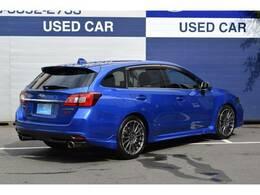 かつてWRCを席巻したスバル、その時のイメージカラーがWRブルー、それ以来、スバルカラーといえばこれとなりました。