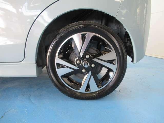 タイヤ165/55R15   純正アルミホイール