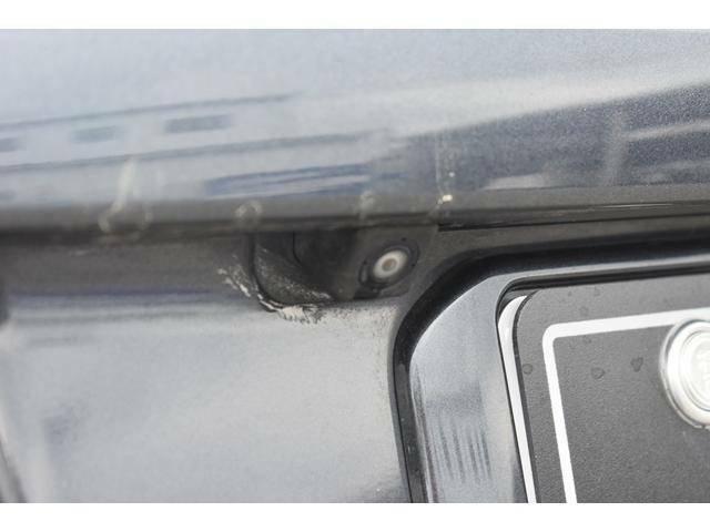 バックカメラ(後方の見えにくい部分や駐車時にとっても便利です!車を大事にされる方には、必須アイテムです!)