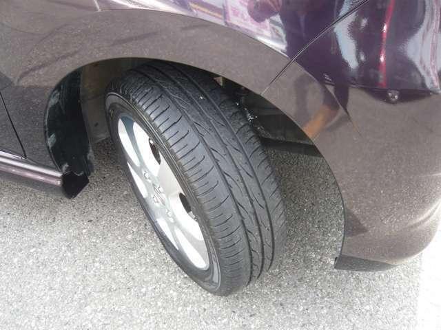 タイヤのコンディションは良いです。