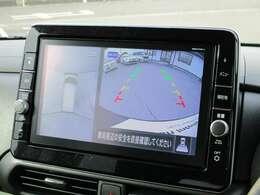 9インチの純正ナビ!360度見えて安心安全に車庫入れしていただけるアラウンドビューモニター装備!