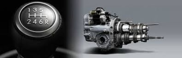 Aプラン画像:トランスミッションオイル交換(純正粘度相当を使用) ミッションオイルの一般的な交換目安は、走行距離2万~3万キロ程度と言われています。ギアの入りや燃費を左右する重要な油脂です。