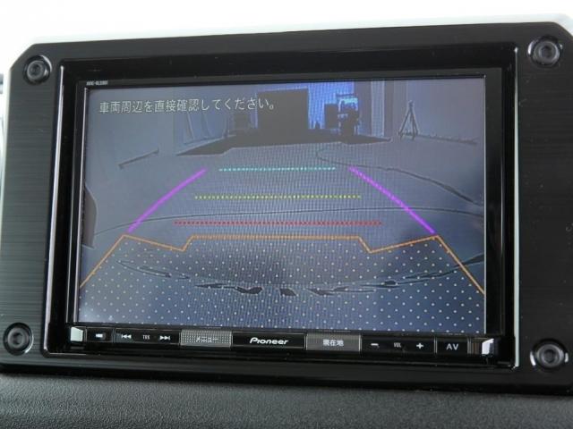 スズキ純正オプションの8インチナビ!フルセグ地デジ&Bluetooth機能&バックカメラ付きです!