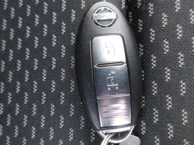 中古車は新車とは違い似たようなお車は当然ありますが、ご覧頂いているお車一点物となります。迷っているうちに売れてしまった~なんてお話も多々ありますので、気になったらまずはご連絡を!