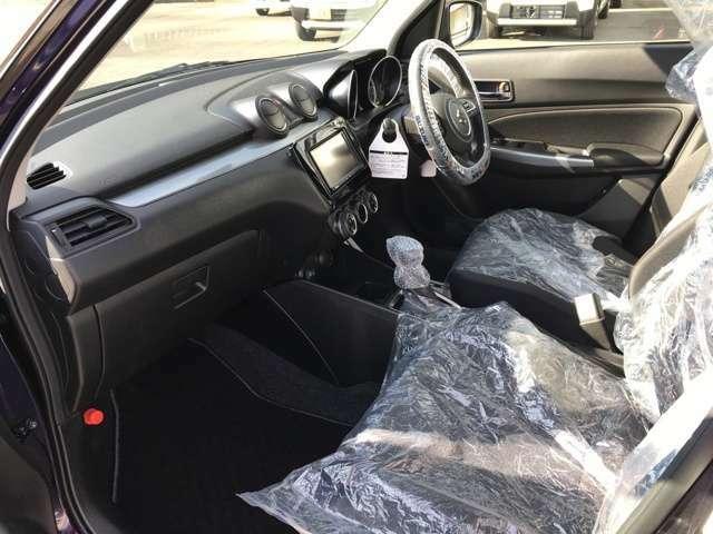 ルームクリーニング済です。汚れ・雑菌を一掃しています。清潔で爽やかな車内で新たなカーライフをお楽しみください。
