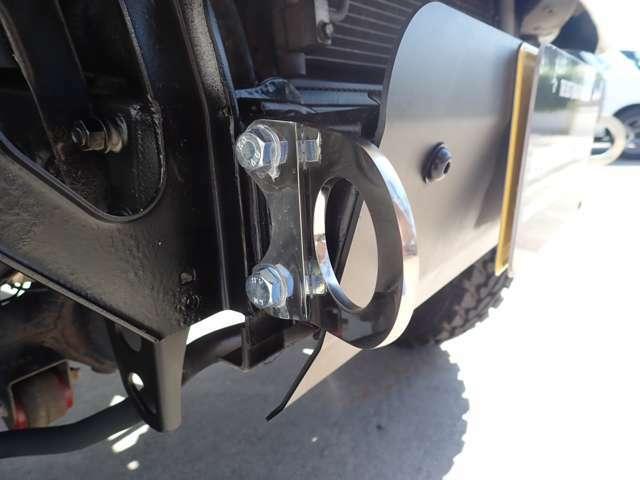 牽引フックはタック・ステンレス製5mm厚!