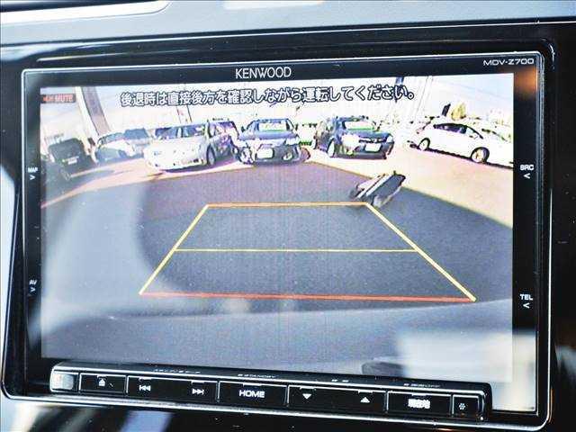 【バックカメラ】駐車時に後方確認もできますので、大きなお車が不安なお客様でも安心してお乗り頂けます♪