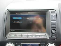 純正HDDナビです。DVD/CD再生、ミュージックサーバーも装備されとっても便利です!
