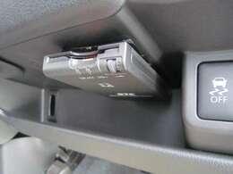 ETC車載器付き、高速道路の必需品です!