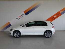 VWの顔ともいえるGOLF!!走行性能はもちろん安全性も兼ね備えた大人気車種です★