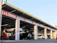 関東運輸局指定工場完備★愛車の点検・整備は当社のプロ整備士にお任せ下さい!もちろん一日車検も承っております!