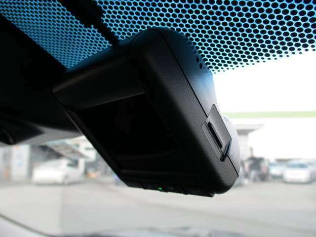 フロントドライブレコーダー装備!