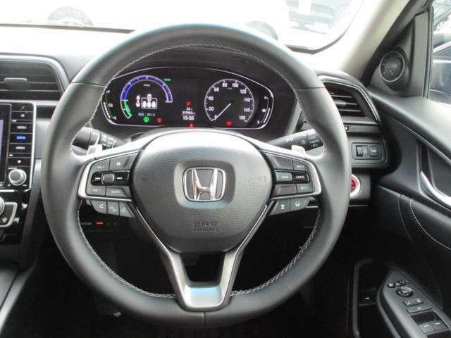 ホンダセンシング付き!!安心安全で便利な機能満載♪あくまで支援システムなので安全運転を♪