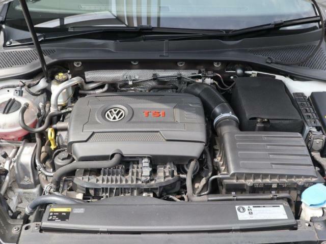 2.0Lターボ付きTSIエンジンはパワー、トルクはもちろんのことエンジンサウンドも心地よく、走る楽しさが味わえます