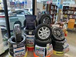 タイヤも多数取り扱ってます!スタッドレスタイヤも是非ご相談下さい!!