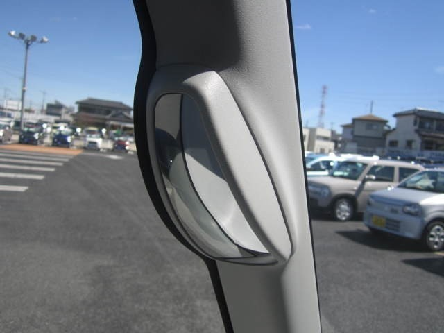 弊社は 『TCS』 Tokyoauto Carlife Support を掲げて、ガソリン以外のお車に携わるすべての事に対応出来ますように、安心体制で臨んでおります。