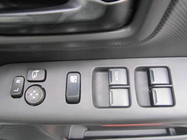 車検はアップル車検を行っております。早期のご予約特典や、代車無料など、納車後のお客様のお財布にも優しいシステムを作っております。点検や車検のご案内もコールセンターを設けておりますので、ご安心。