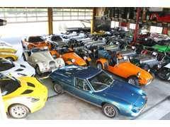 室内保管ですので、天候に左右されずお車をご覧いただけます。 是非1度ご来店いただきご確認ください!!