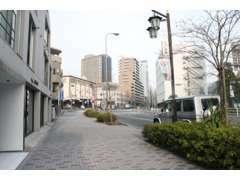 飯田橋駅徒歩6分、小石川後楽園向かいと利便性の良い立地です。