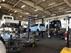 自社指定工場を高畠、川西、白鷹に完備しておりお客様のカーライフをしっかりとサポート致します!