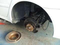 点検から車検まで、当社の整備士が徹底的に整備致します(#^.^#)