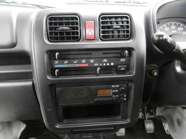 快適♪エアコン装備♪ AMFMラジオ装備♪