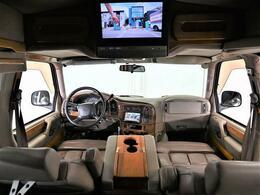 スタークラフト 4WD 純正ホイール 社外ナビ 後席モニター レザーシート ベンチシート 3列シート 3ナンバー