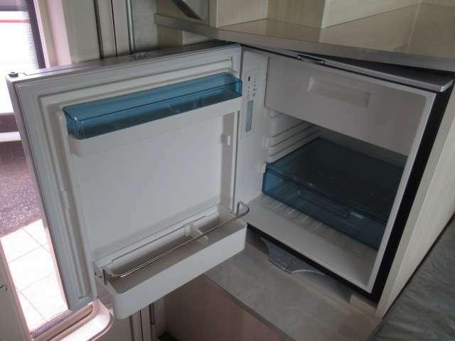 大型60リットルDC冷蔵庫!!