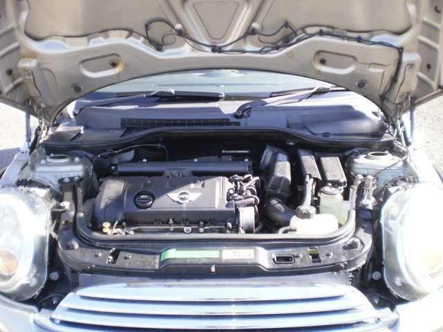 直列4気筒DOHC16バルブエンジン