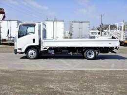 車両総重量4815kg 最大積載量2000kg