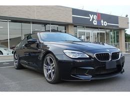BMW M6 4.4 29000km 黒 赤革シート
