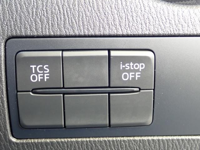 トラクションコントロールはコーナリングでの安定した走行を支える重要な安全装置です!