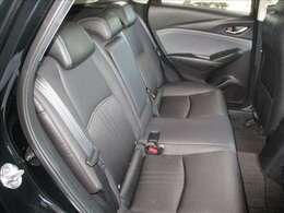 後部座席も身体をしっかりホ-ルドしてくれるのでロングドライブも快適です☆