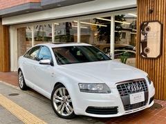 アウディ S6 (セダン) の中古車 5.2 4WD 東京都板橋区 190.0万円