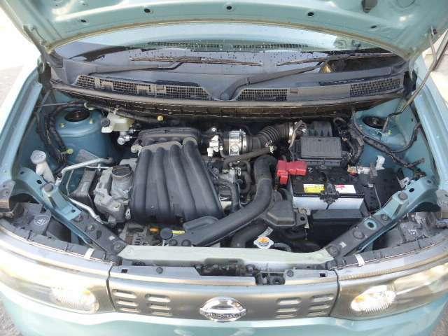 エンジンルームもご覧の通りです。勿論、ご納車前にはエンジンオイルを交換してからのご納車になります。