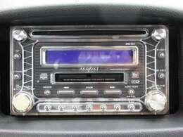社外CD装備車です 社外ナビ等のお取り付けもご相談下さい。