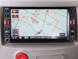 【SDナビ】こちらのお車はSDナビを搭載しております。地デジ、CD/DVD再生、音楽の録音も可能です。