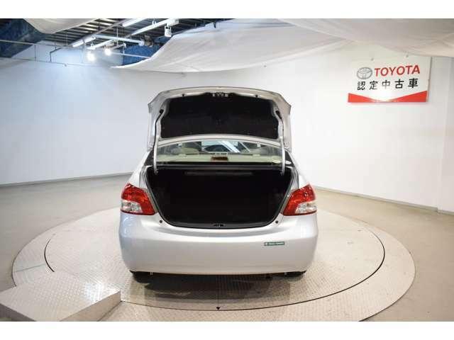 車いす仕様車、サイドリフトアップ車などの特殊な車をお探しの場合もスタッフにお問い合わせくださいませ。