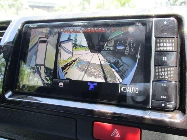 パノラミックビューモニターは純正ナビ対応なのですが、データシステムの変換キットを使用し、社外ナビでも投影可能です!画面はフロントカメラ映像!