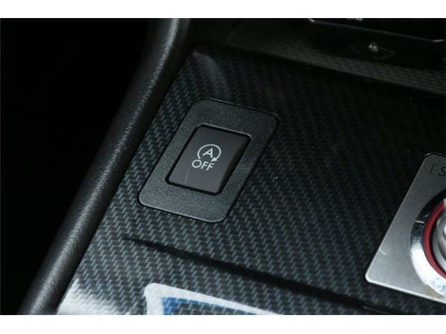 4WDだと燃費が・・・ご安心ください◎普段の街乗りにも嬉しいアイドリングストップも搭載です!!