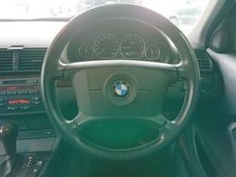 ユーザー買取車!BMW3シリーズ入庫です!